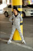 Костюм спортивный с ассиметричной молнией для детей КОСУХА (серый)