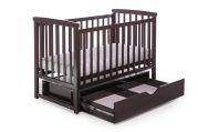 Деревянная кроватка для новорожденных MRIYA с ящиком (орех)