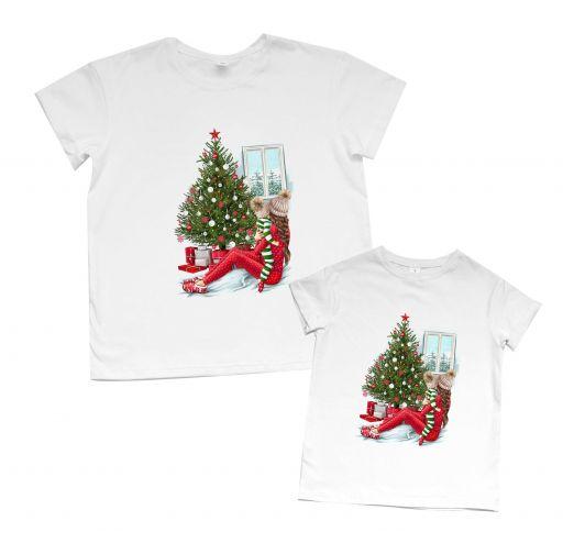 """Парные футболки для мамы и дочки с тематическим принтом """"Новогодняя сказка"""""""