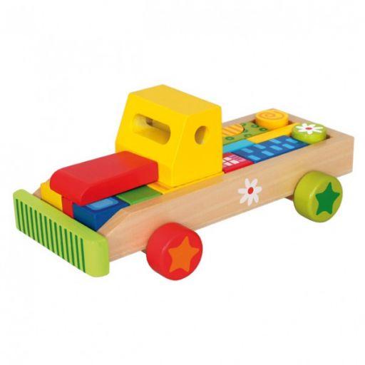 Машина с кубиками
